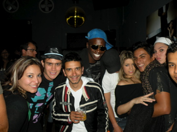 party_colombia_salsa